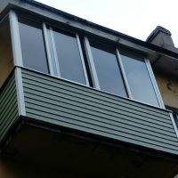 Остекление балкона с отделкой 2