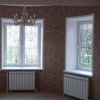 Окна с решетками 1